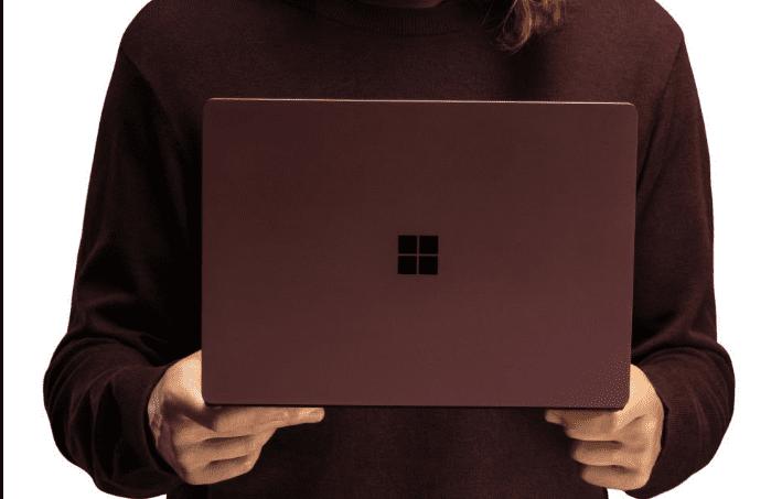 سرعت پردازش سرفیس ها به صورت عمدی از طرف مایکروسافت کاهش پیدا میکند