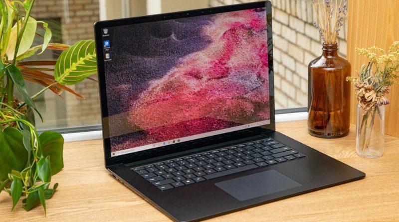 - مشکل گرافیک سرفیس لپ تاپ مایکروسافت تولید سرفیس AMD را بررسی میکند