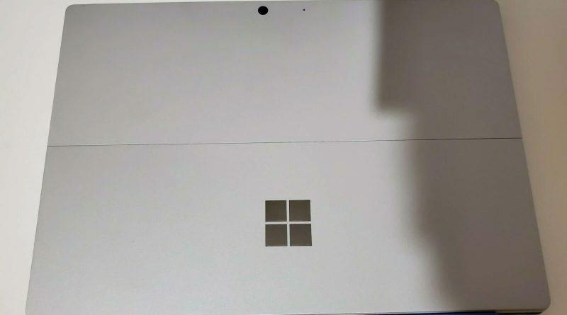 - فروش سرفیس پرو ۸ - تصاویر سرفیس پرو 8 در eBay فاش شد