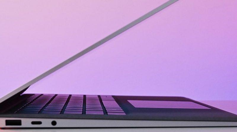 سرفیس لپ تاپ ۳ پلاس